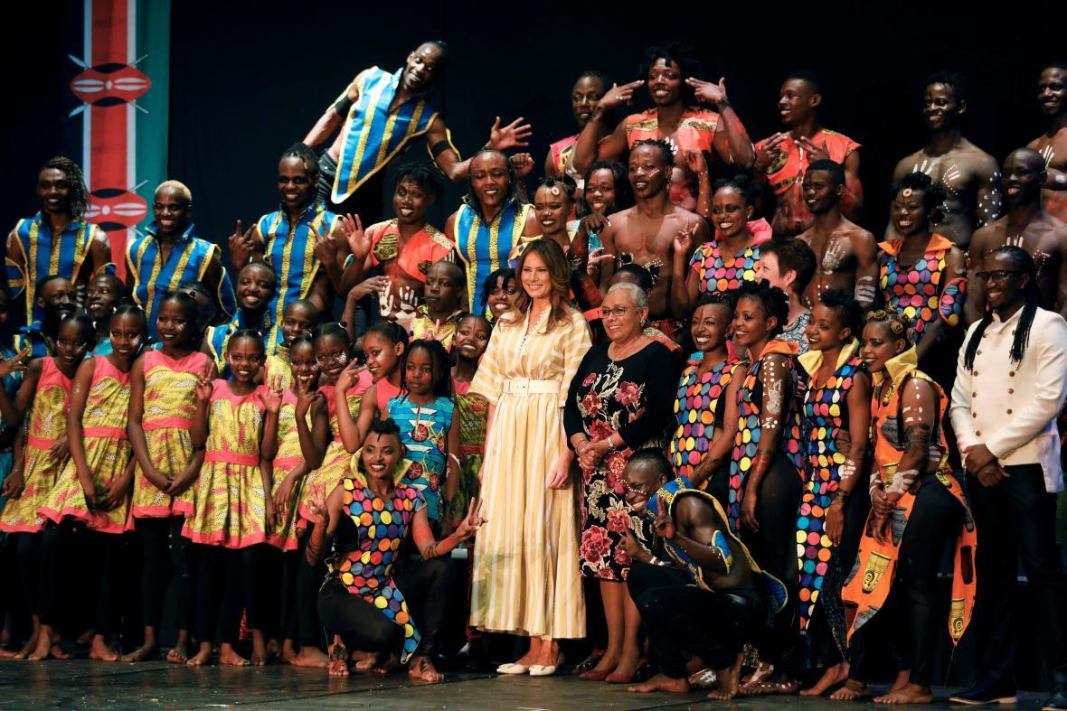 Trumpová navštívila v Nairobi keňské Národní divadlo