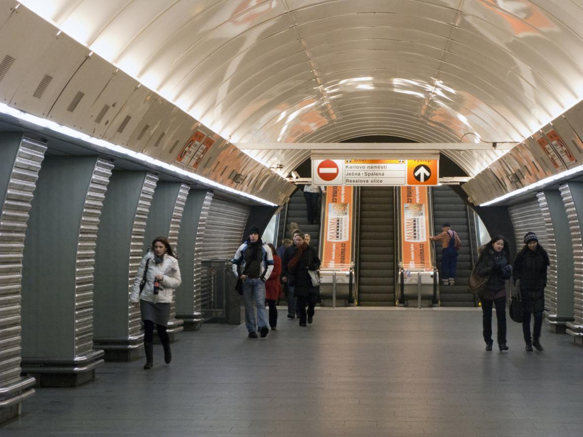 Stanice metra Karlovo náměstí