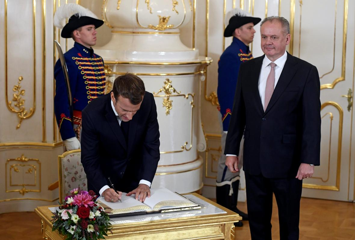 Francouzský prezident Emmanuel Macron zavítal u příležitosti oslav 100. vročí vzniku Československa do Bratislavy