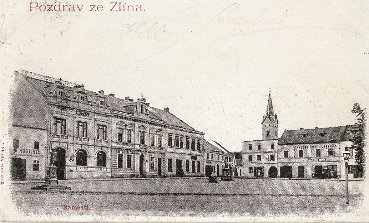 Náměstí Míru ve Zlíně před rokem 1918 a dnes