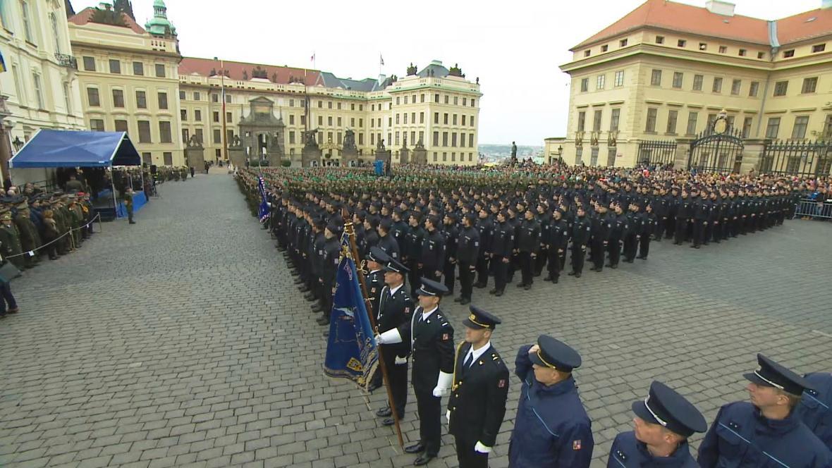 Slavnostní přísaha vojáků, policistů a hasičů