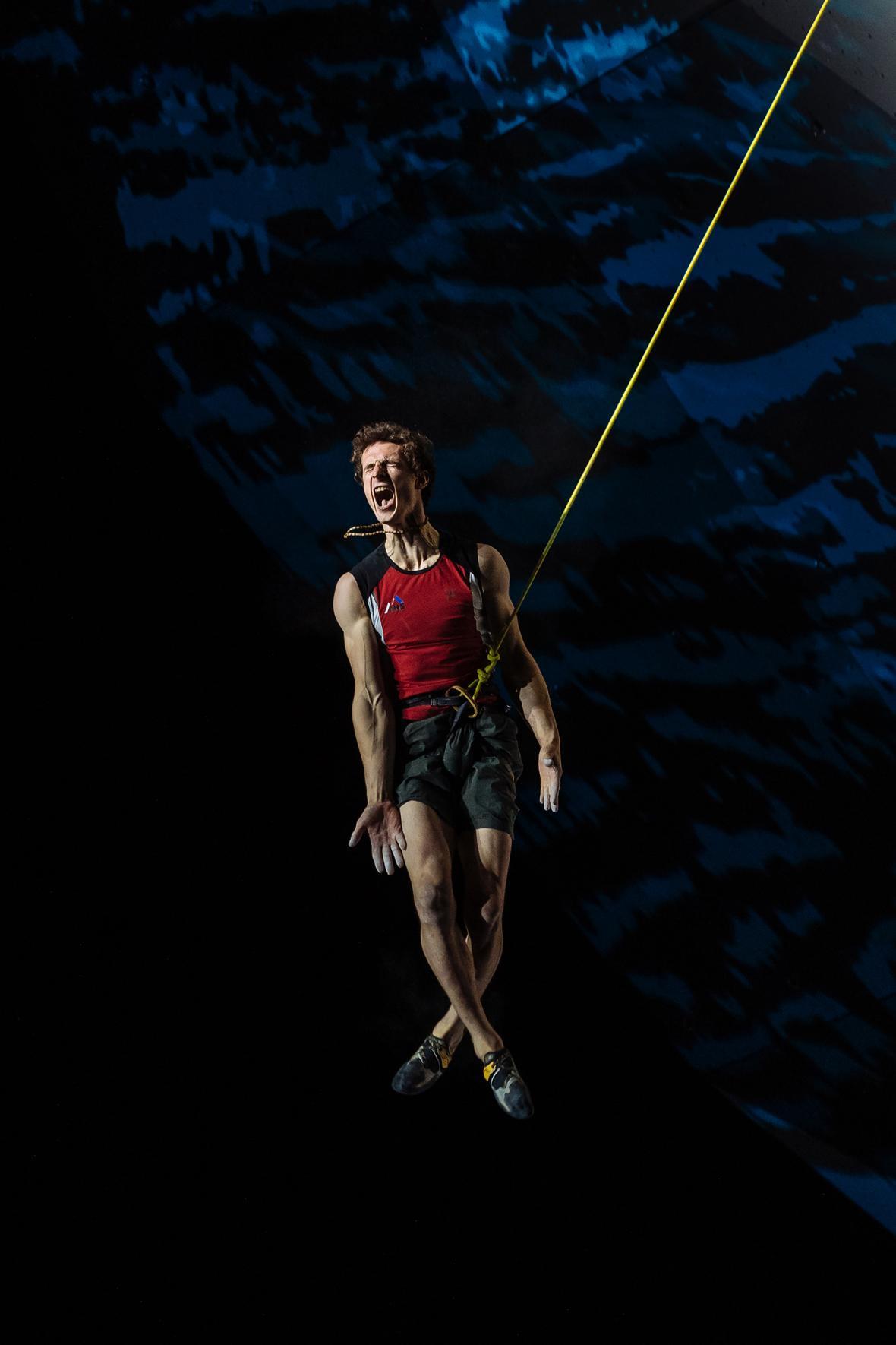 Nominace na vítěznou sérii Czech Press Photo 2018 (Sport): Adam Ondra - Mistrovství světa v lezení 2018