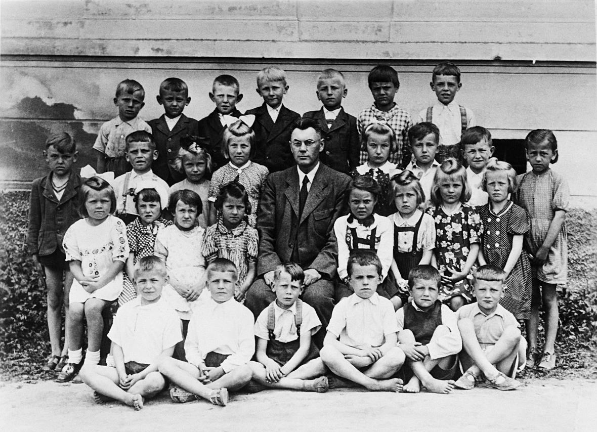 Sto - Naše rodinné album z archivů ČTK