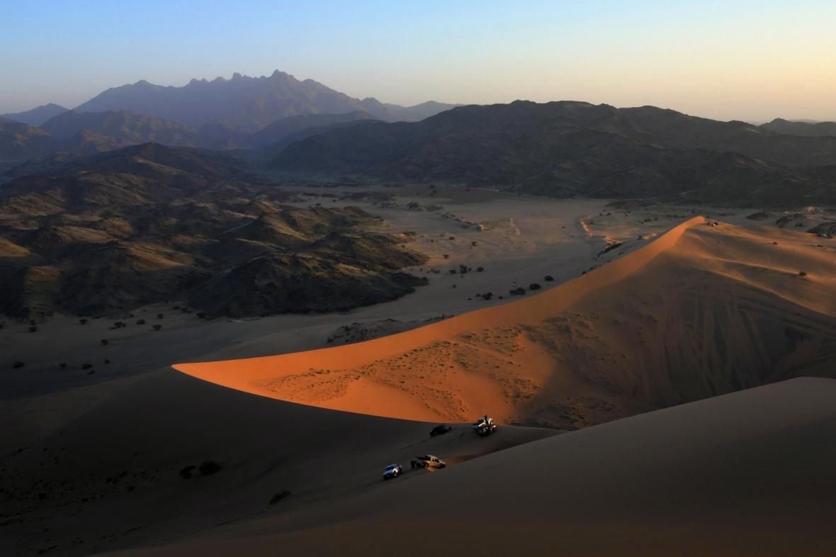 Duny u Masturahu na západě Saúdské Arábie