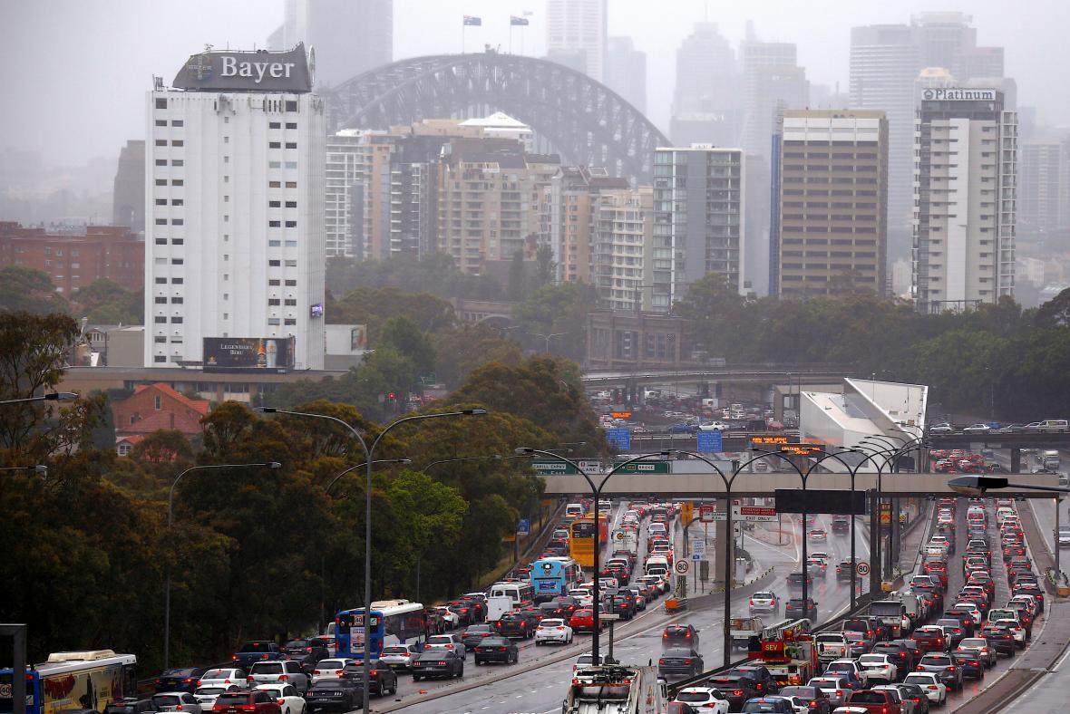 Silný vítr a velká voda způsobily ve městě problémy v dopravě