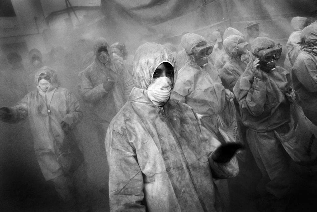 Z výstavy Aleny Dvořákové a Viktora Fishera: Hodina války