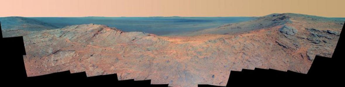 Pillinger Point, na západník okraji kráteru Endeavour