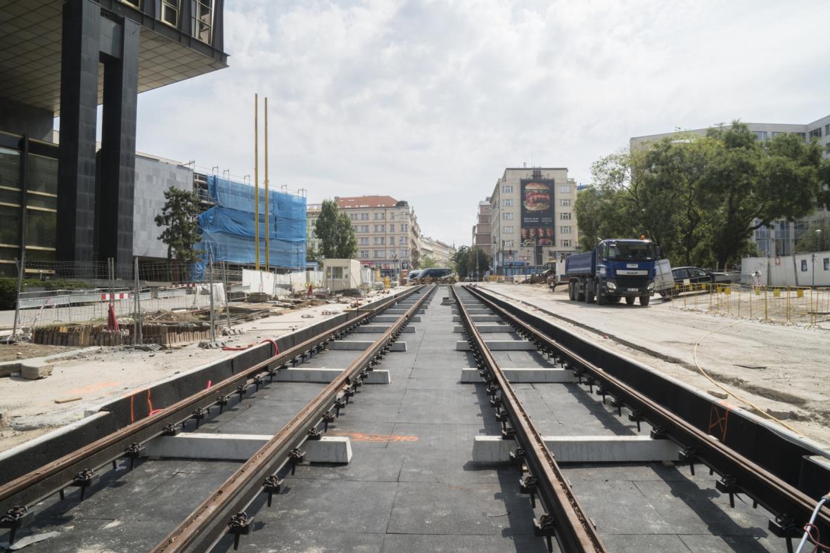 Tramvajové koleje