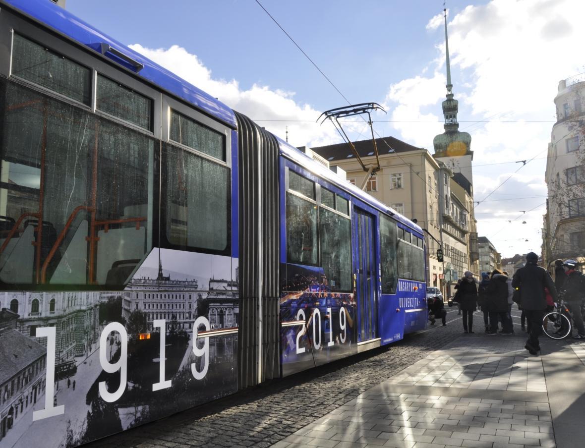 Modrá tramvaj a poštovní známka