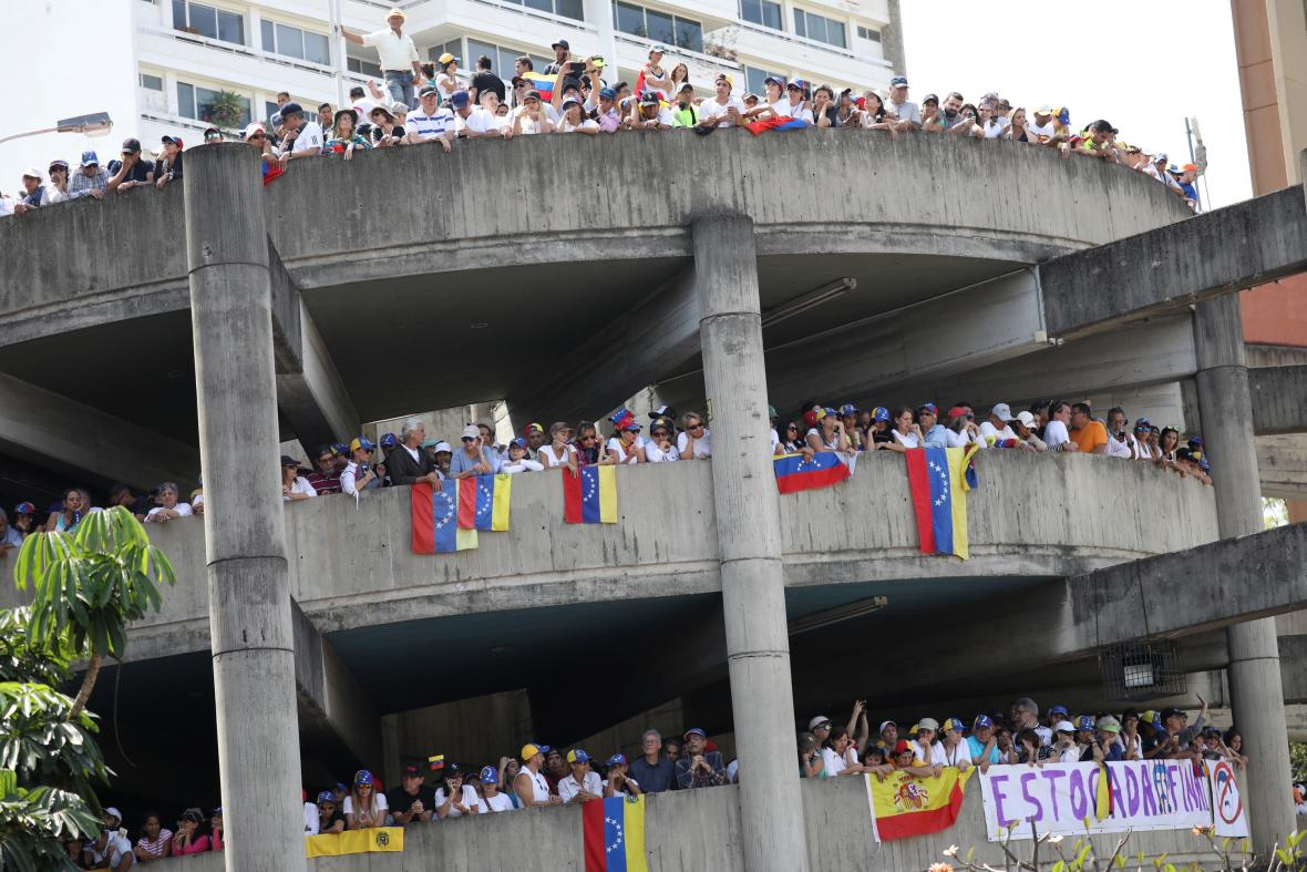 Demonstrace proti Madurově vládě v Caracasu