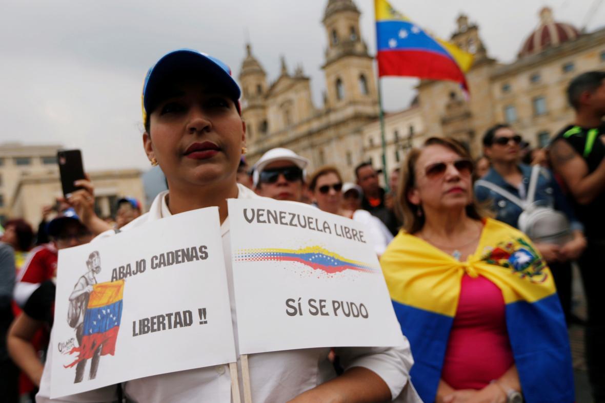 Příznivci lídra venezuelské opozice se sešli také v hlavním městě Kolumbie.