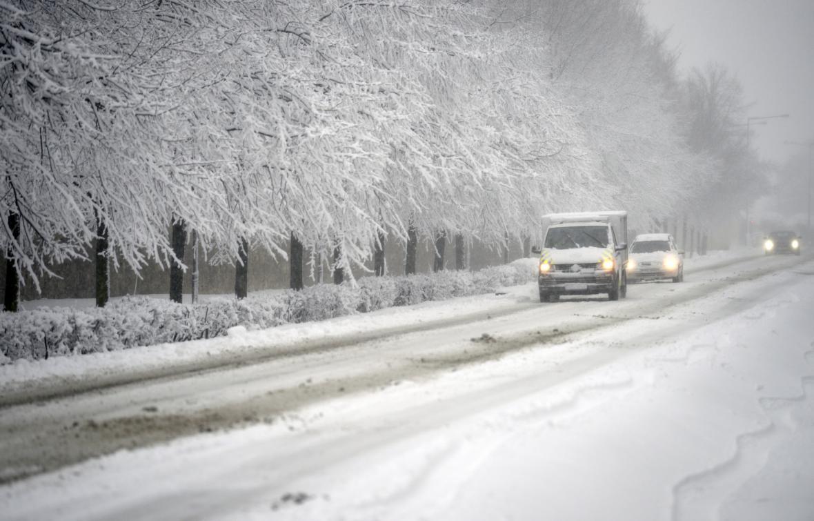 V Čechách napadlo až čtvrt metru sněhu