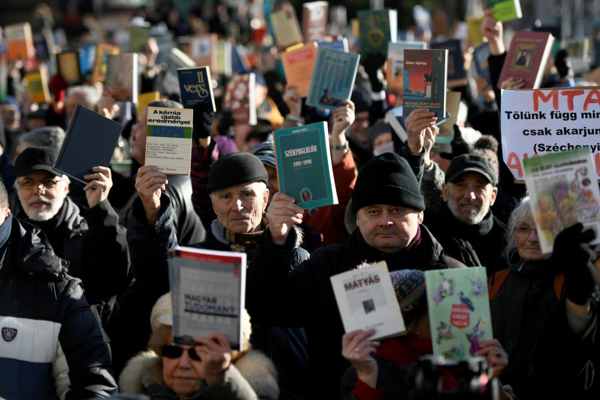 Protesty maďarských vědců