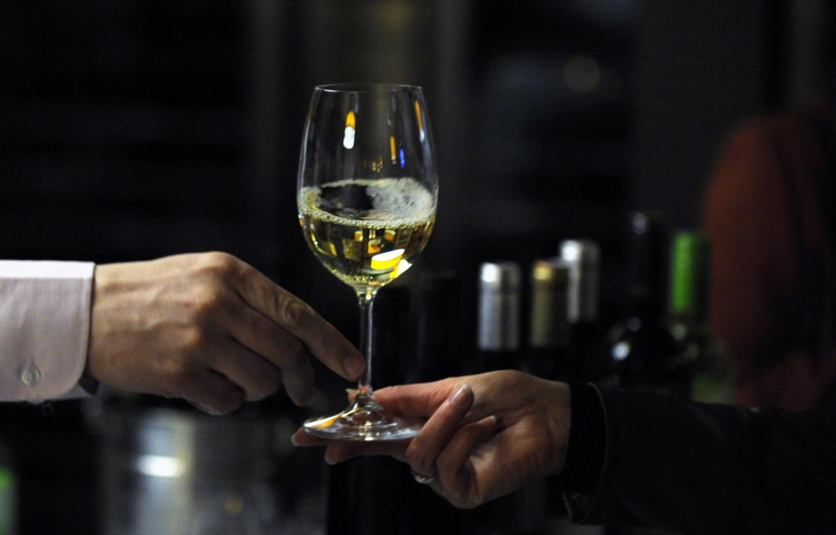 61f97d3c718 Na trhu ubylo falšovaných a nekvalitních vín. Přísnější vinařský zákon  zabral