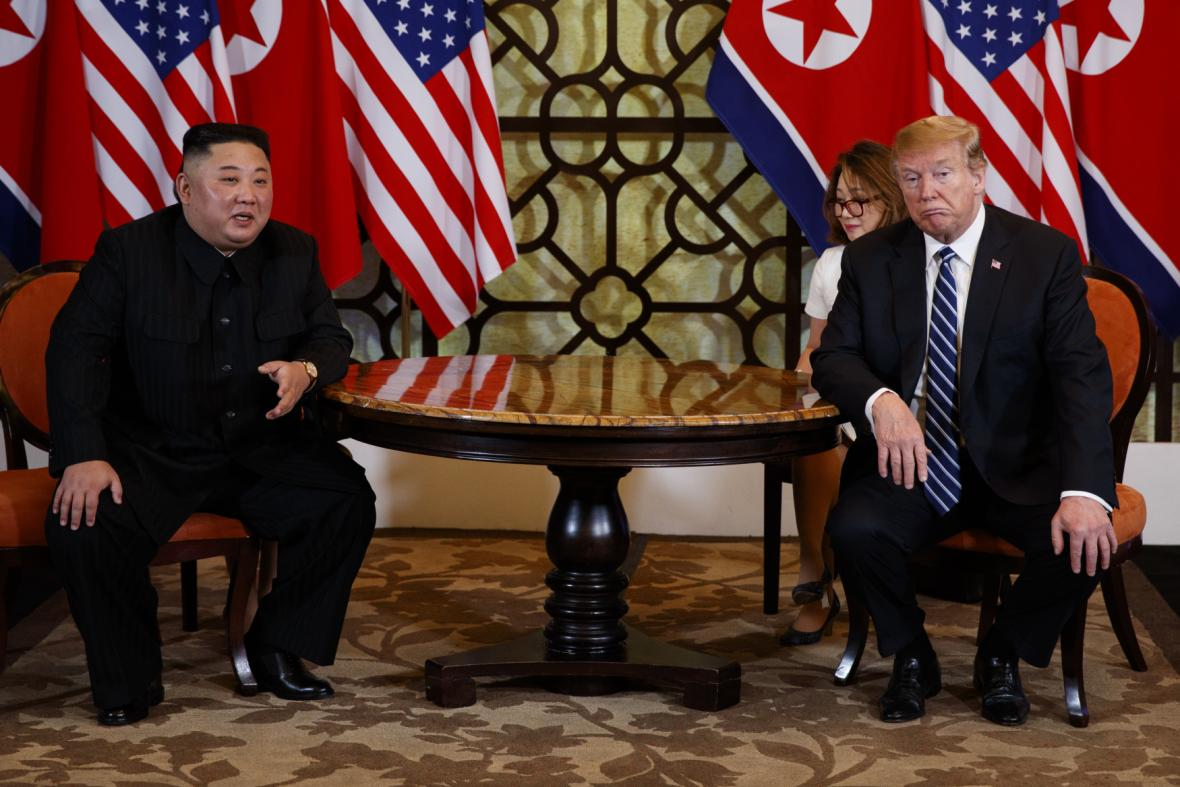 Severokorejský vůdce Kim Čong-un s americkým prezidentem Donaldem Trumpem