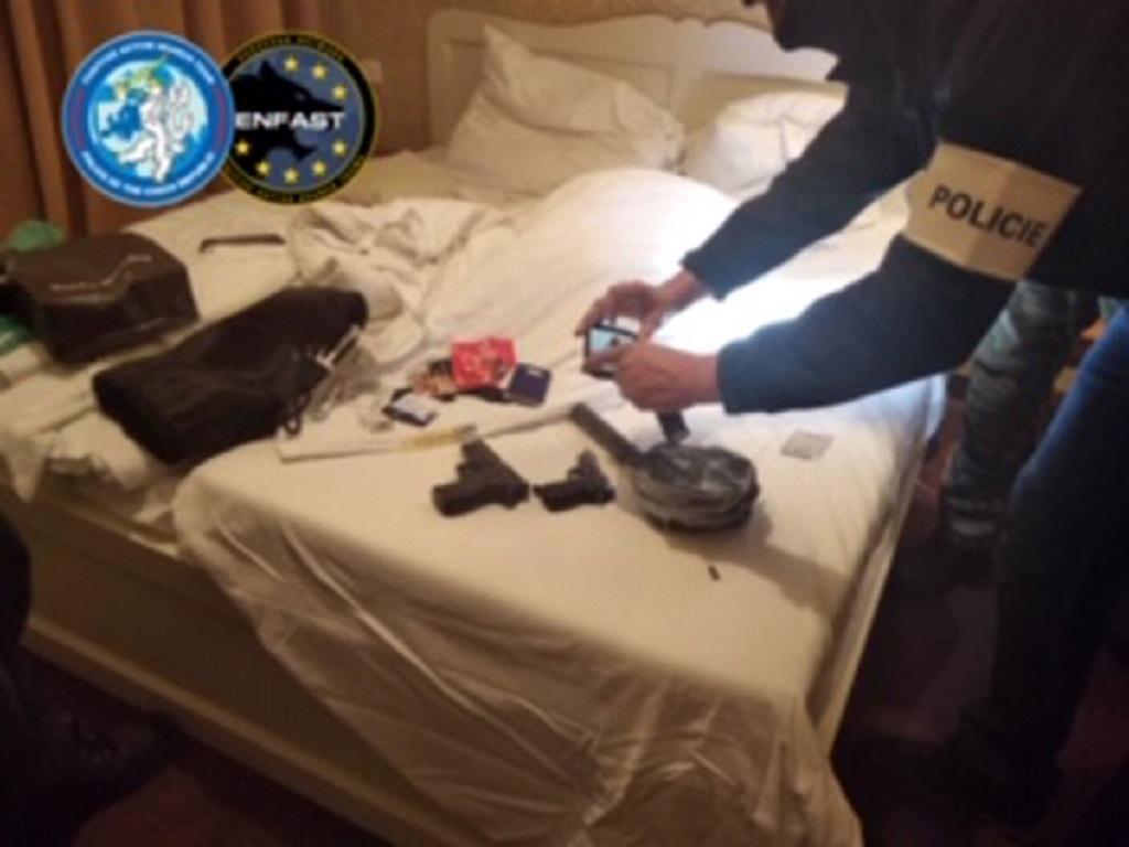 Policie zadržela v Praze cizince, na kterého vydaly tři země zatykače kvůli podezřením z vražd
