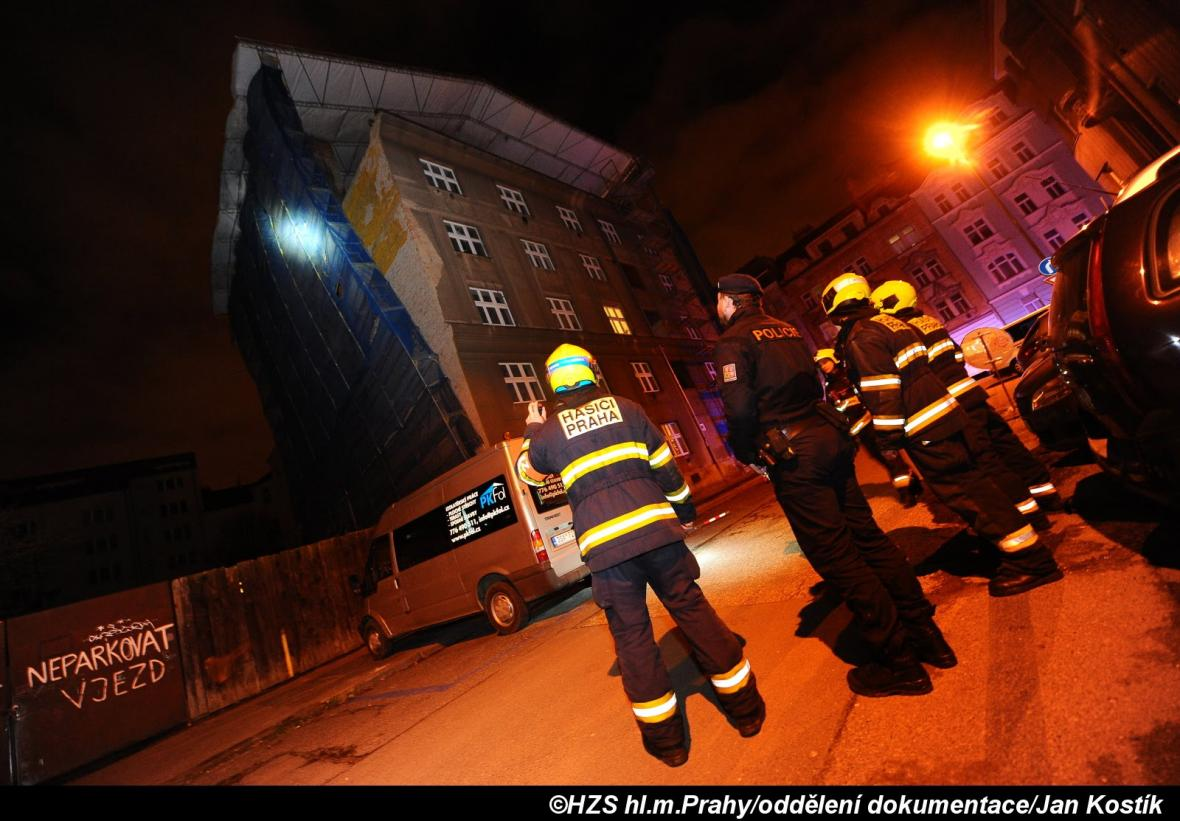 Zásahy hasičů kvůli silnému větru