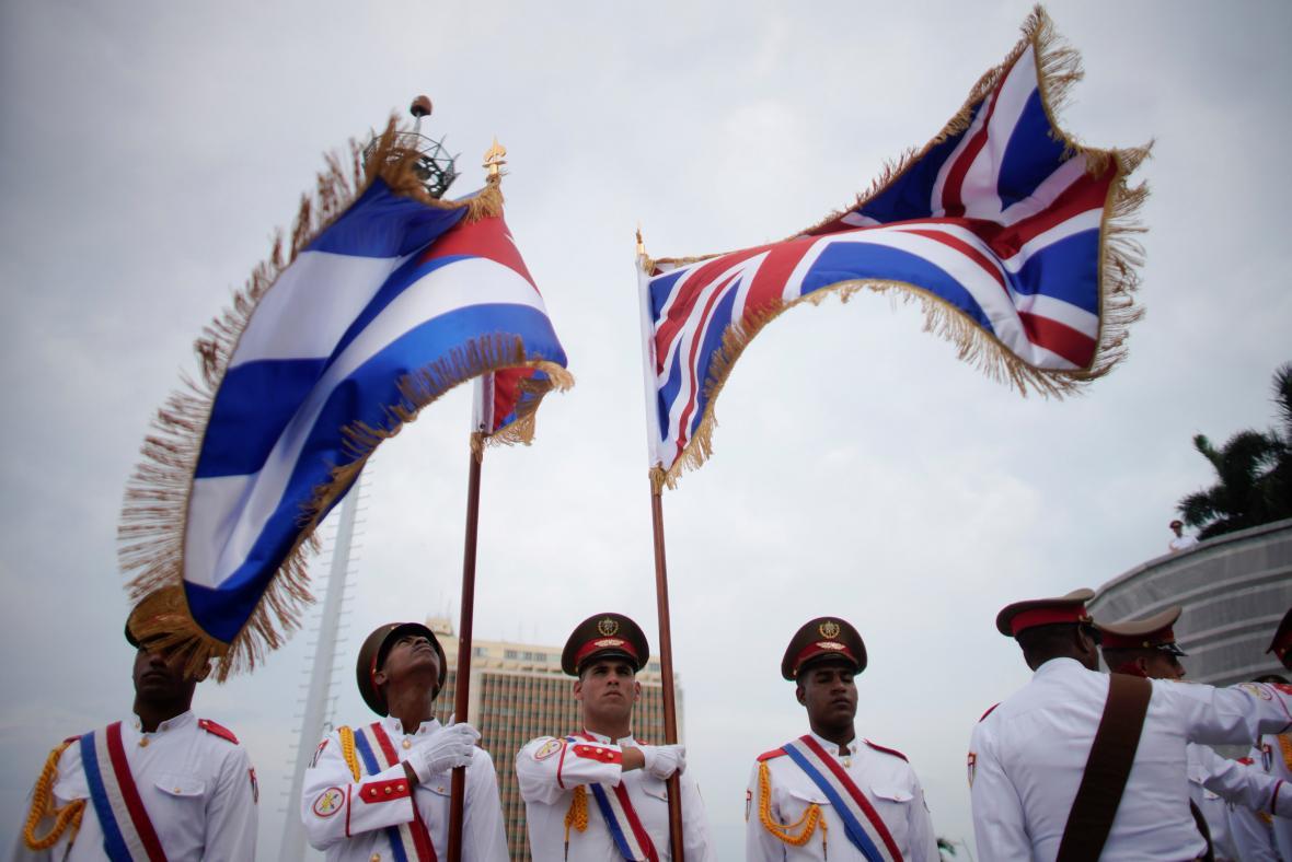 Princ Charles s Camillou zavítali na Kubu
