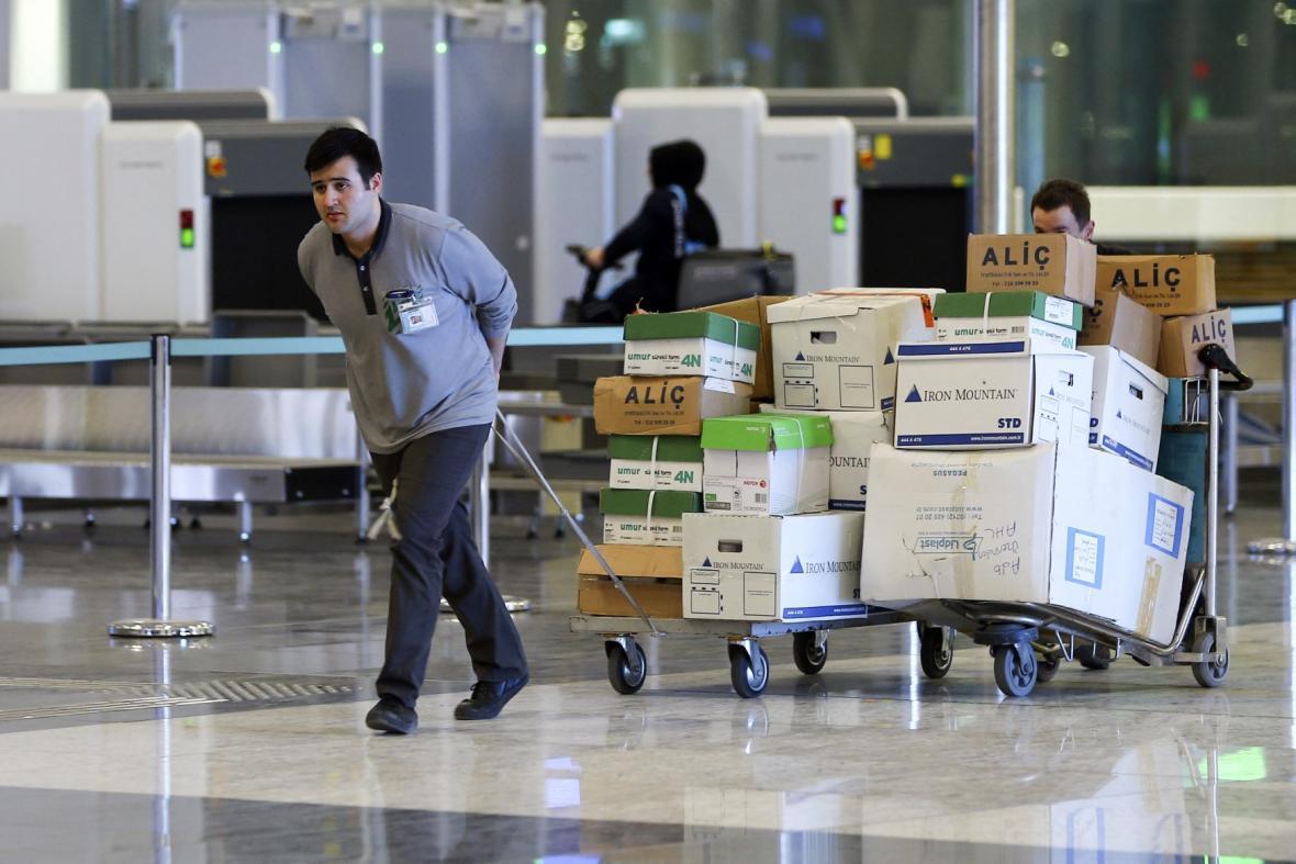 Letadla z centra Istanbulu se stěhují, Atatürkovo letiště nahradí nový vzdušný přístav