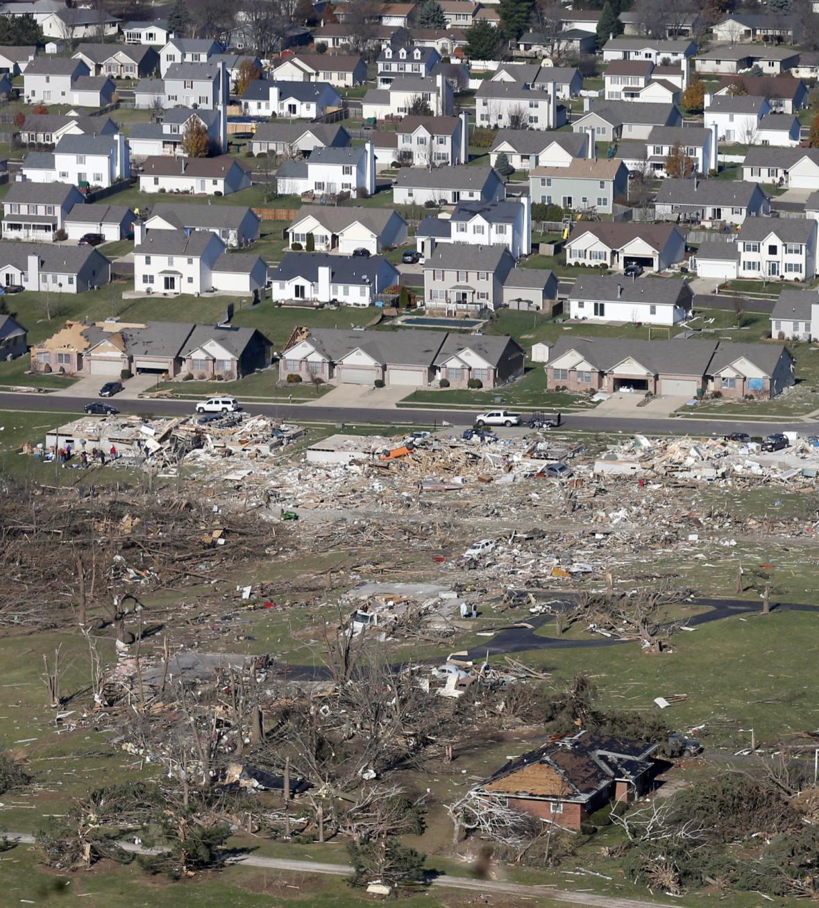 Tornáda a bouře na jihu USA