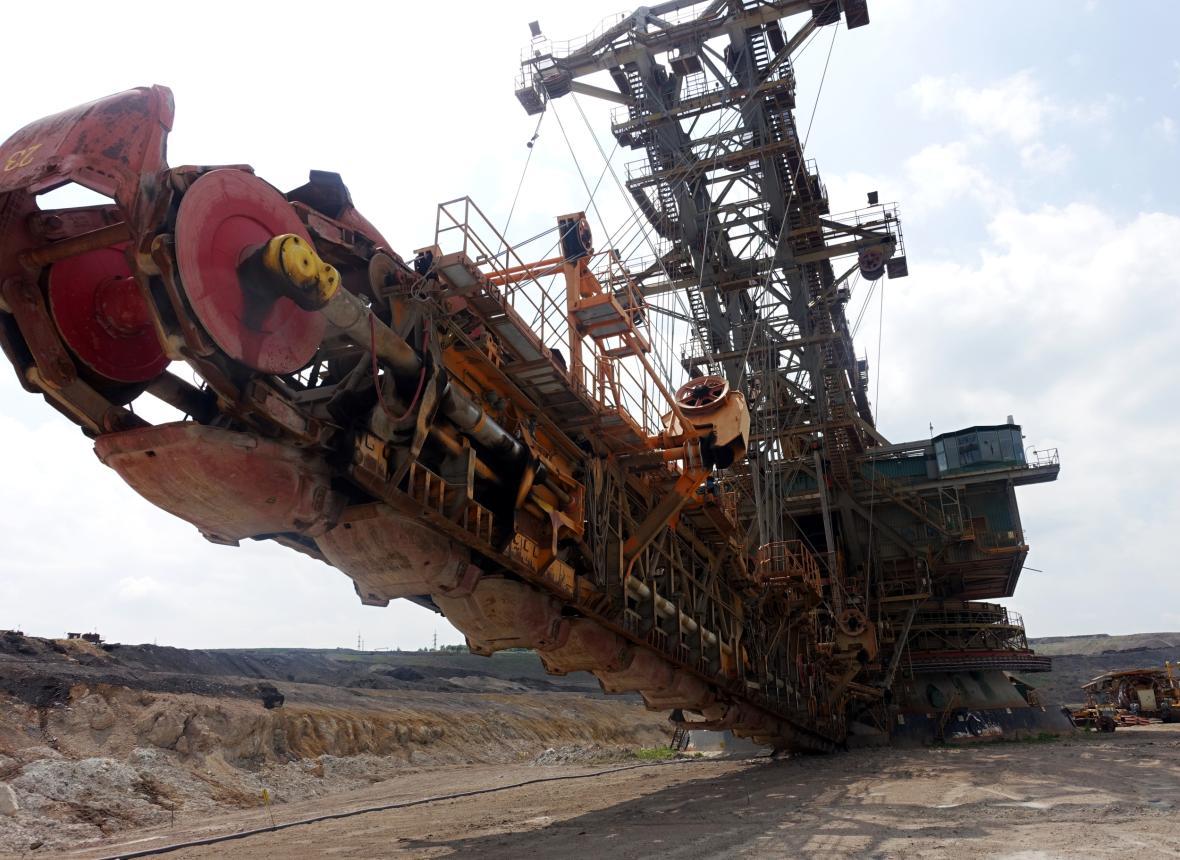 Evropě schází plyn, pro výrobu elektřiny se obrátila k uhlí, píše Bloomberg