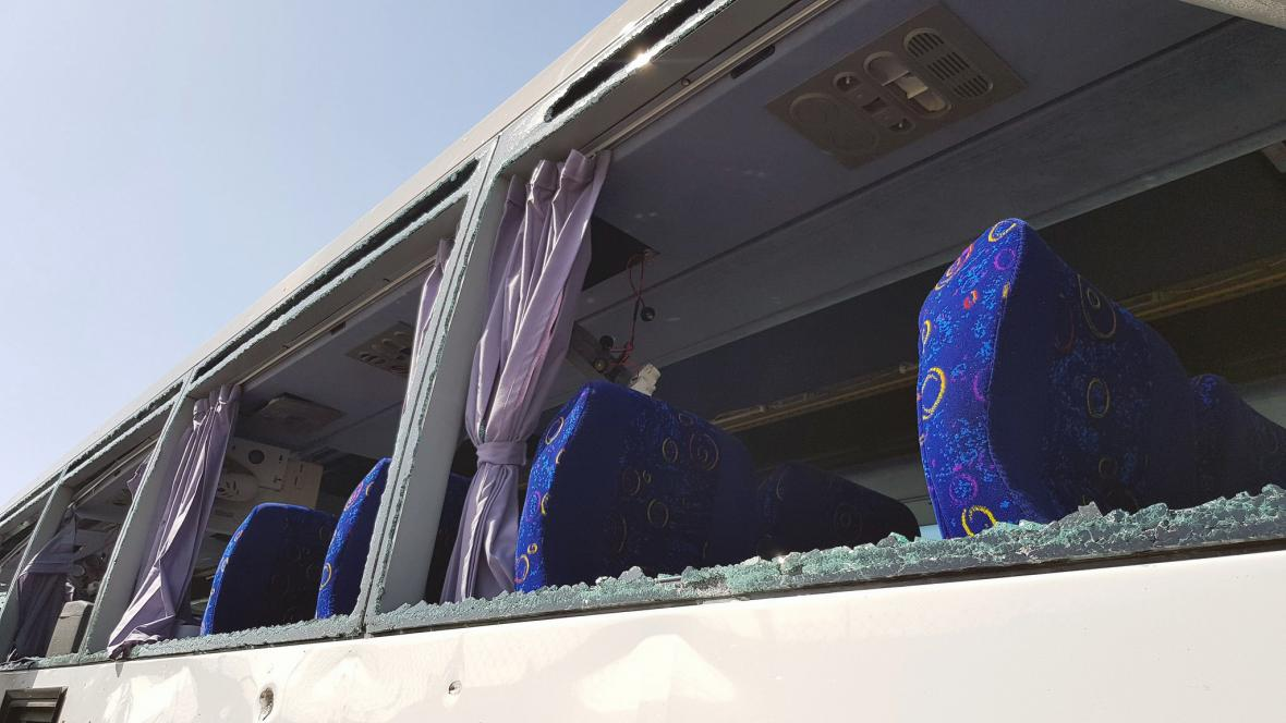 Autobus s turisty v Egyptě zasáhl výbuch