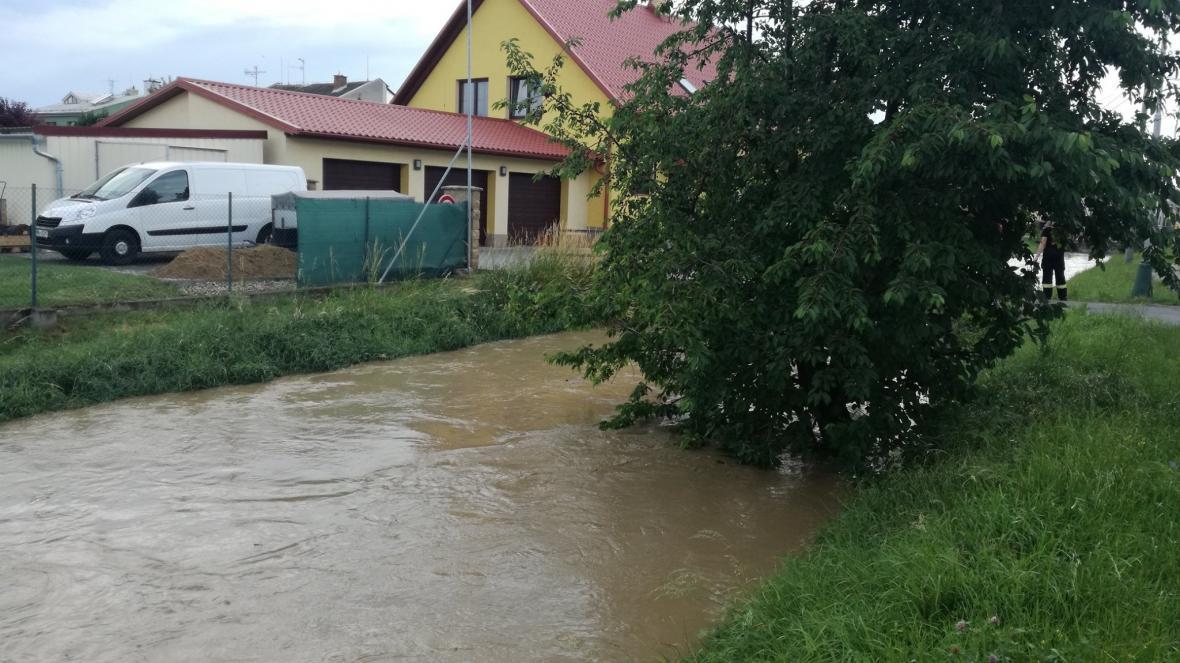 Následky silných bouřek v Senici na Hané a Čechách pod Kosířem