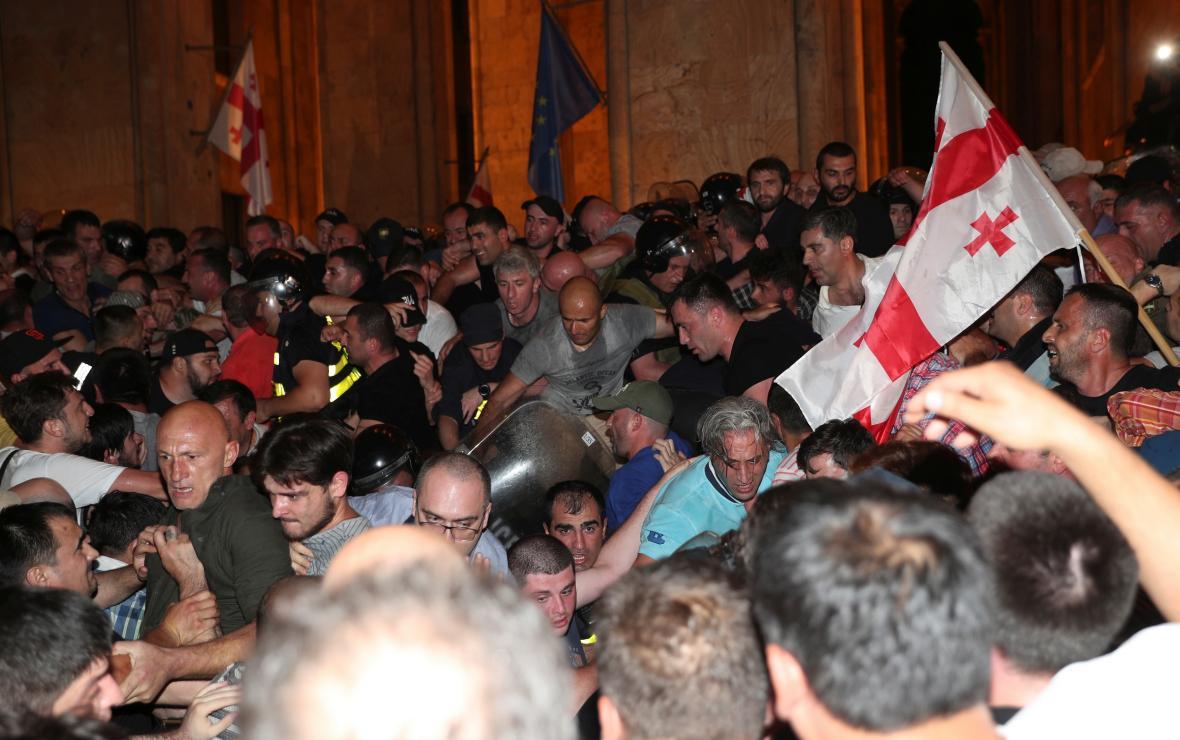 Nepokoje v Tbilisi