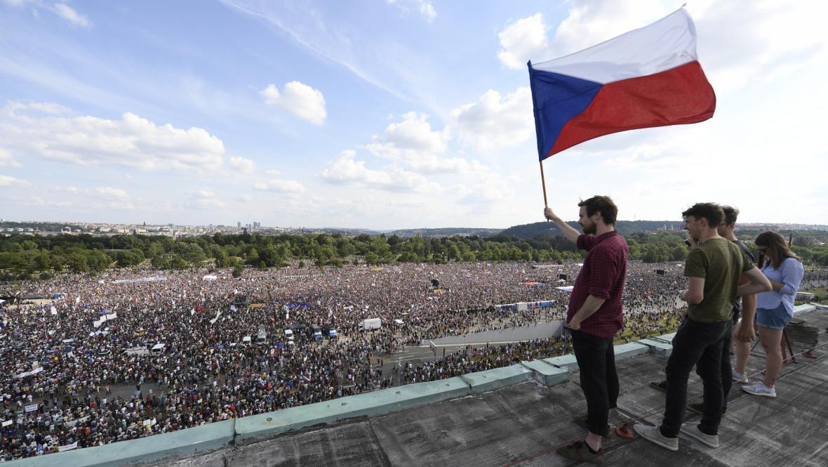 Demonstrace na Letenské pláni