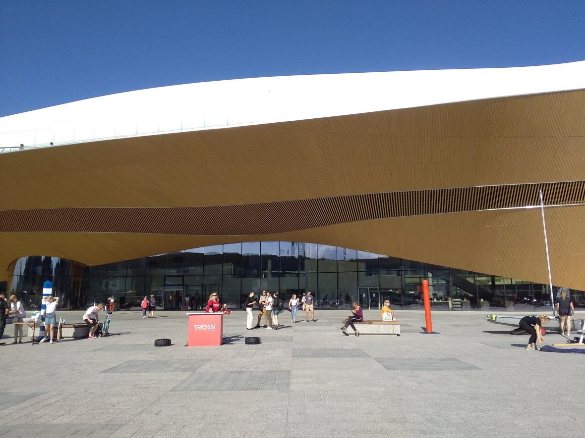 Nová knihovna v Helsinkách Oodi
