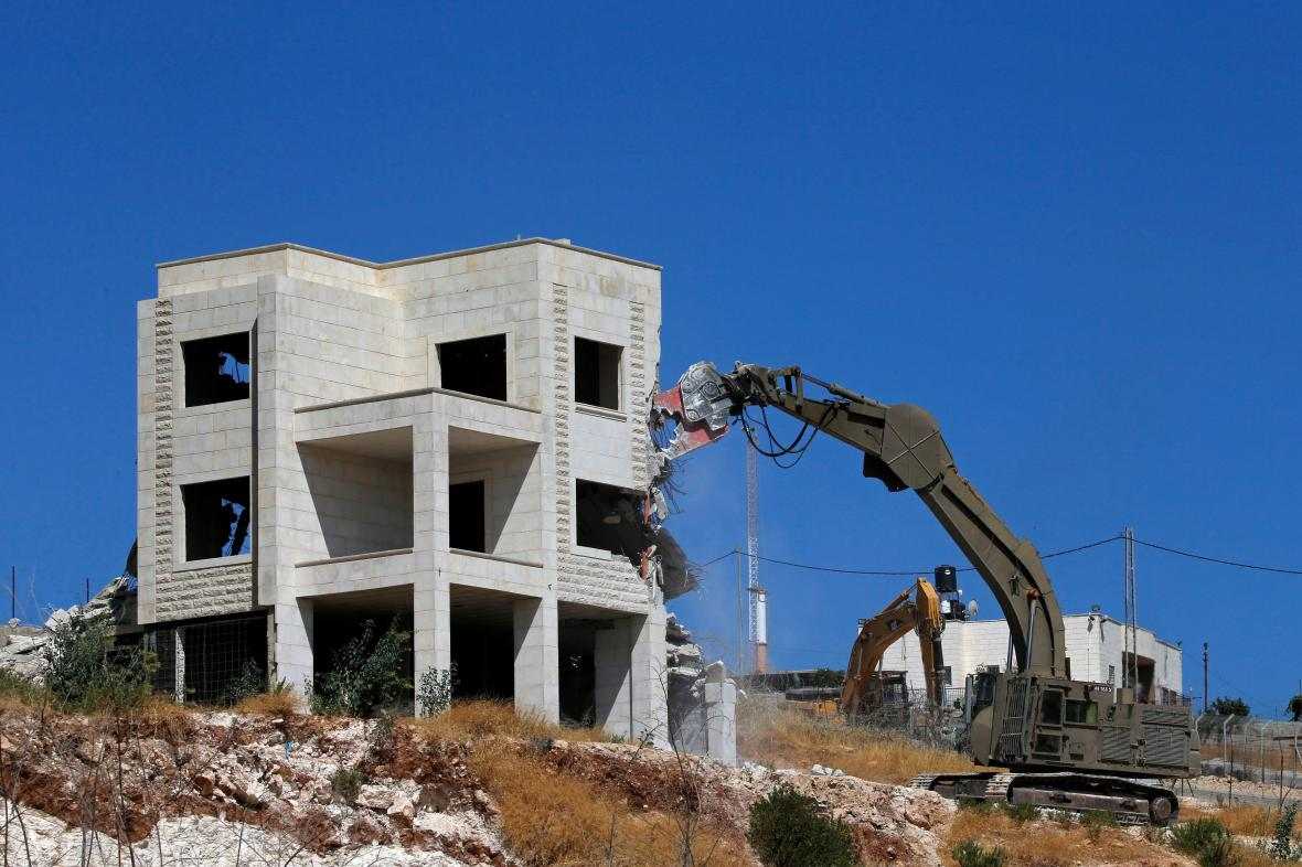Izrael začal s demolicí domů u východního Jeruzaléma