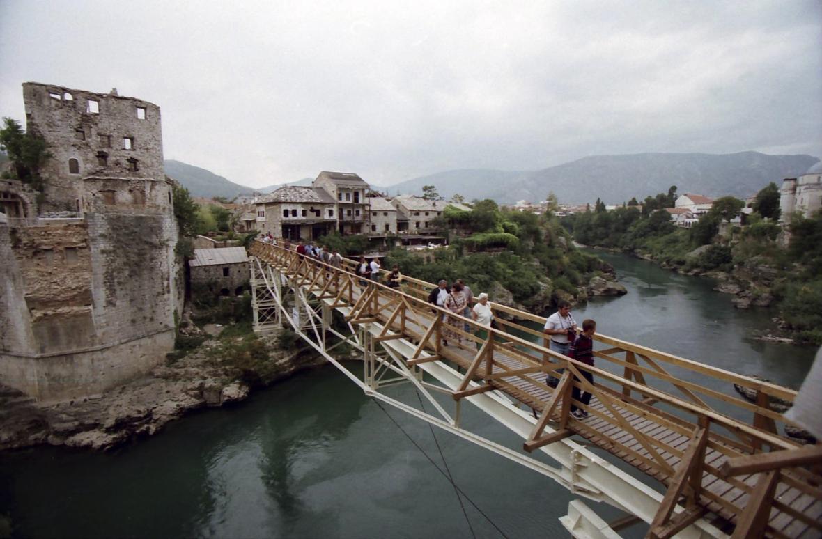 Most v Mostaru