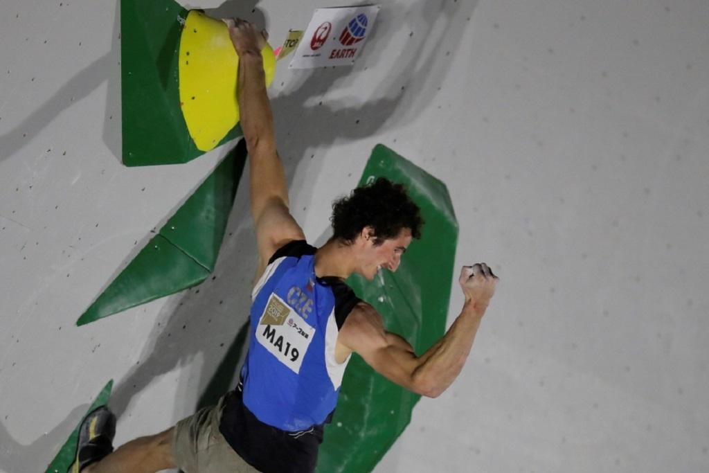 Adam Ondra potřetí mistrem světa v lezení na obtížnost