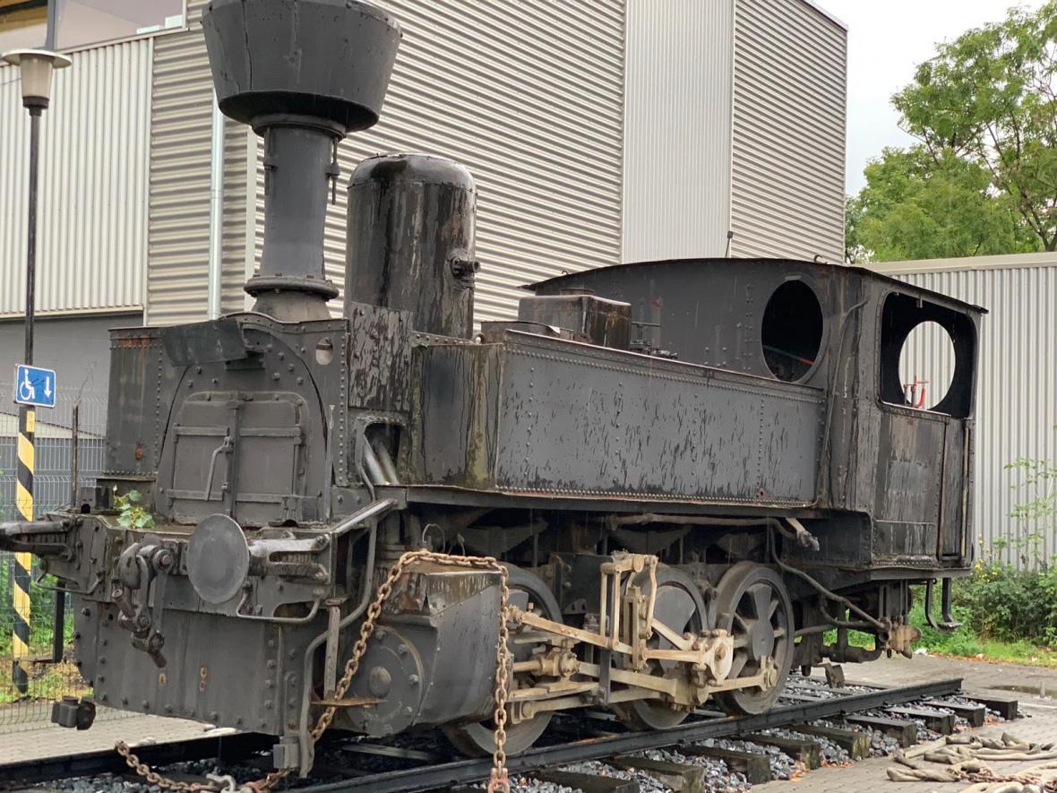 Historická parní lokomotiva se přestěhovala z Olomouce do ostravského muzea