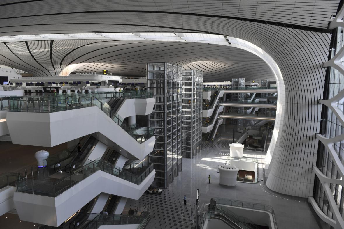 Letiště navrhla architektka Zaha Hadid