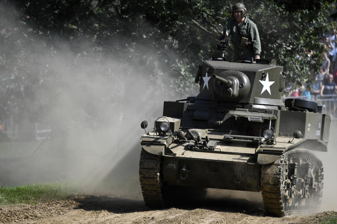 Lehký americký tank M3 Stuart