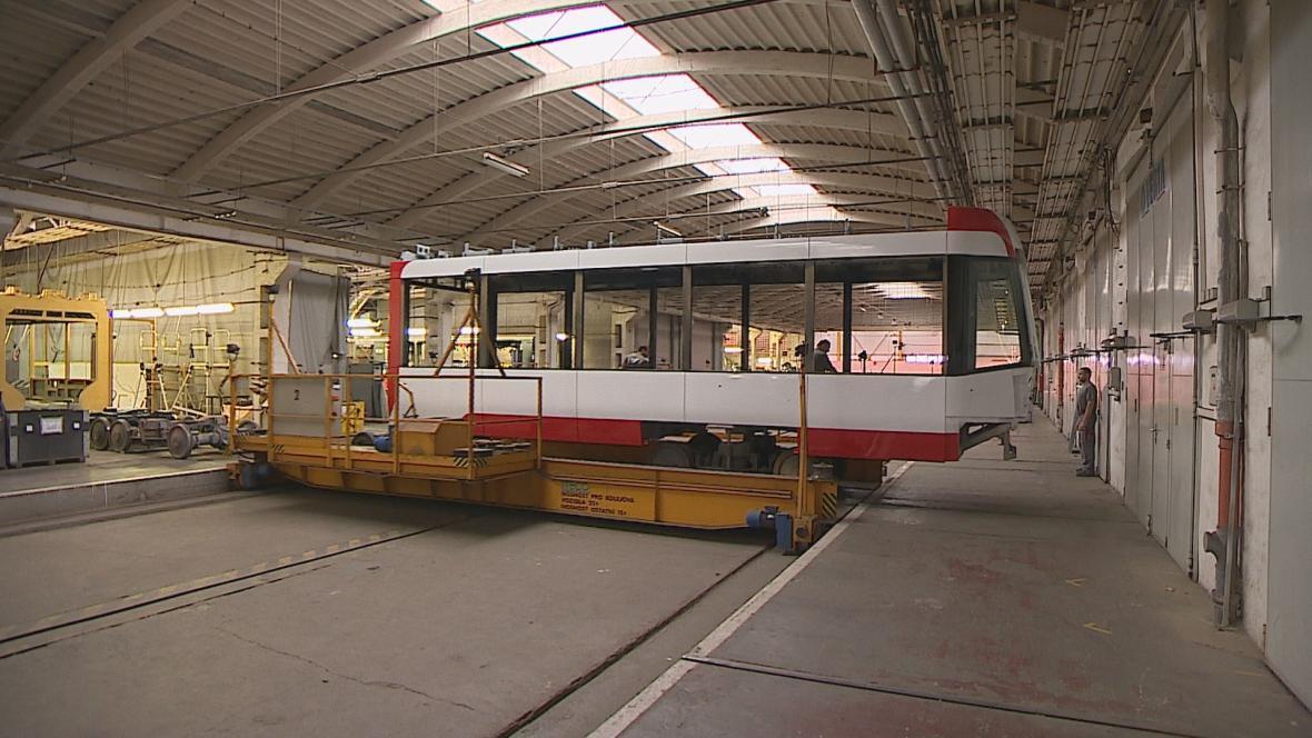 Stavba nových tramvají pro Brno