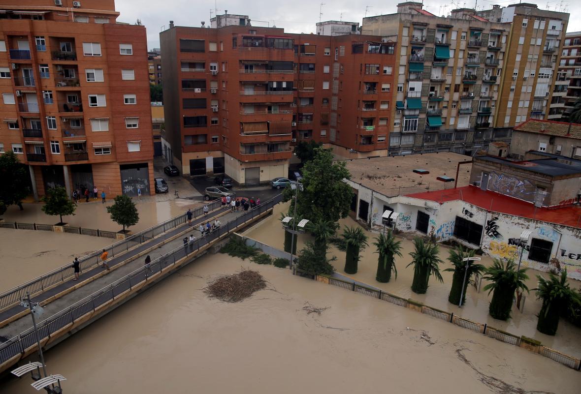 Rozvodněná řeka Segura