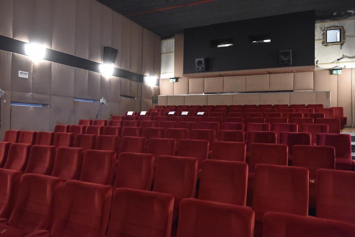 Zrekonstruované kino Art