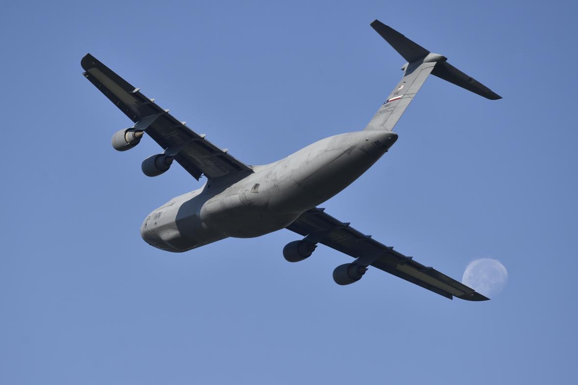 V Mošnově přistál americký transportní letoun C-5 Super Galaxy