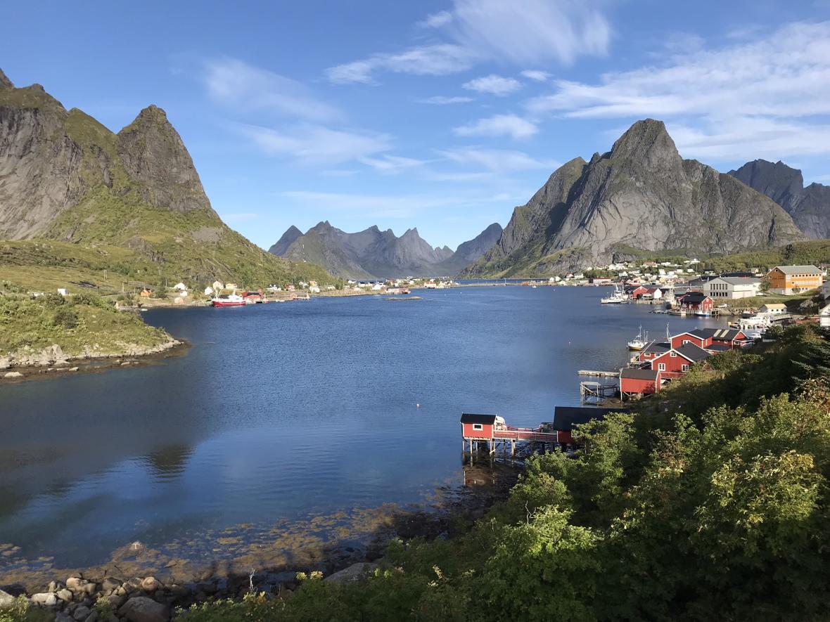 Norská obec Reine patří mezi ikonické body souostroví Lofoty
