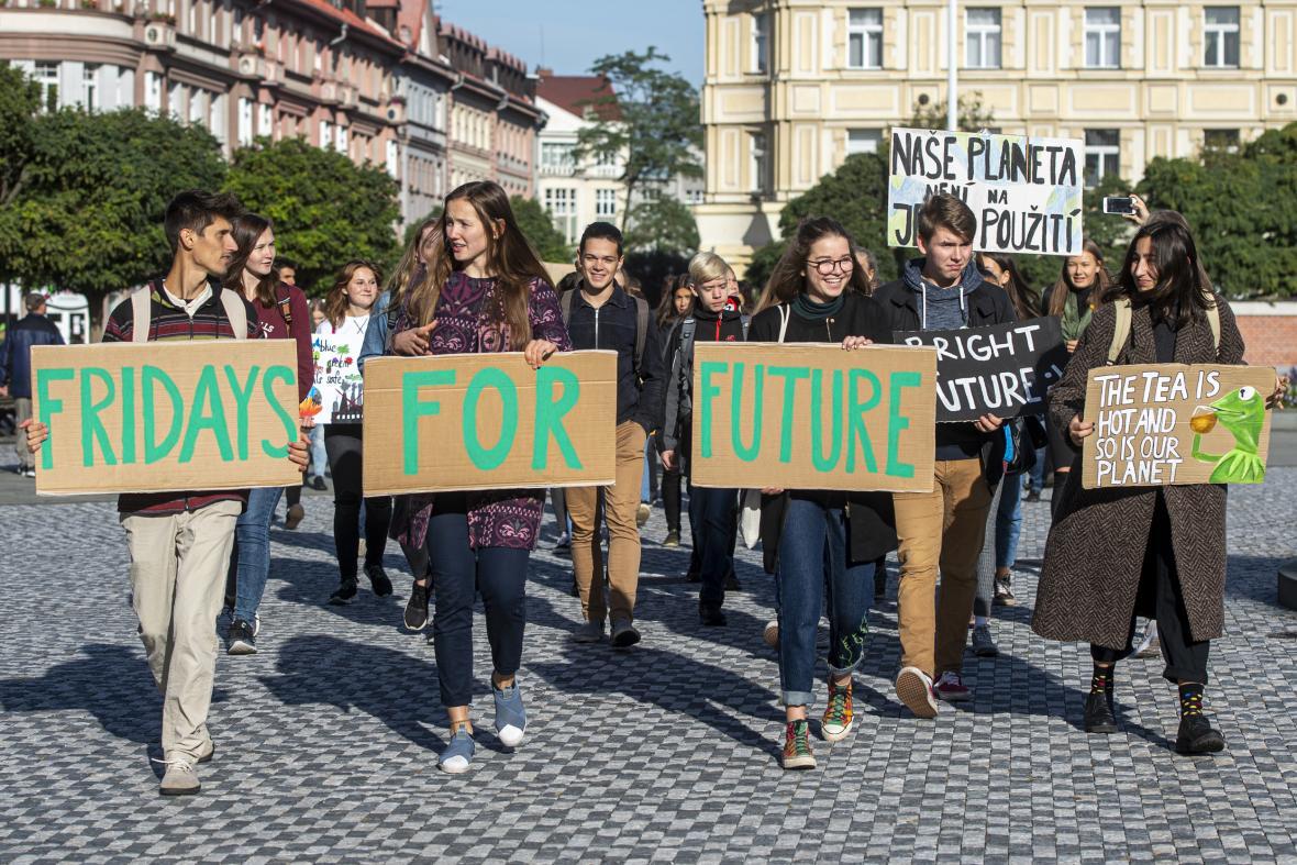 Protest za větší ochranu klimatu v České republice