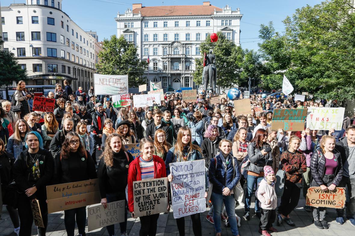 Za záchranu klimatu demonstrovali v Brně