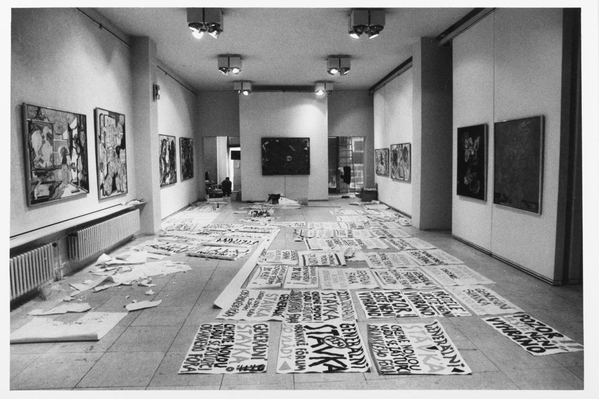 Fotograf festival #9 - Archeologie euforie: 1985–1995