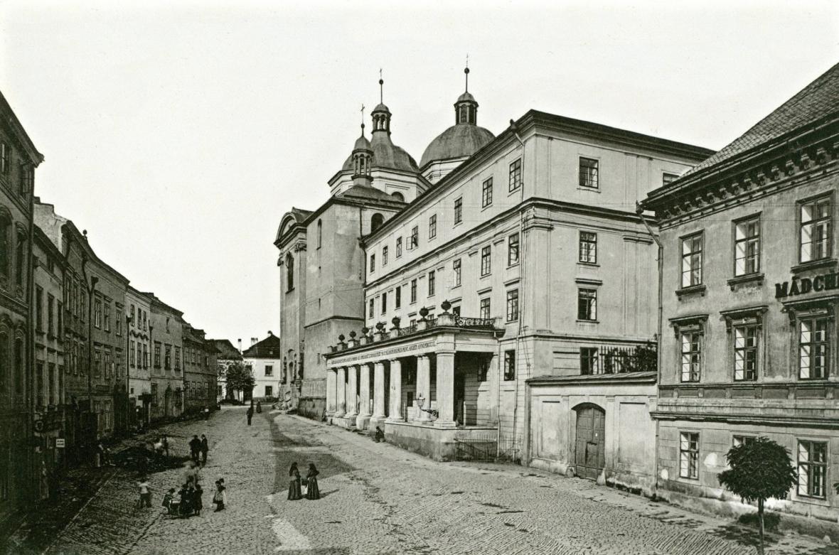 Náměstí Maxe Josepha (dnes Žerotínovo) v roce 1897