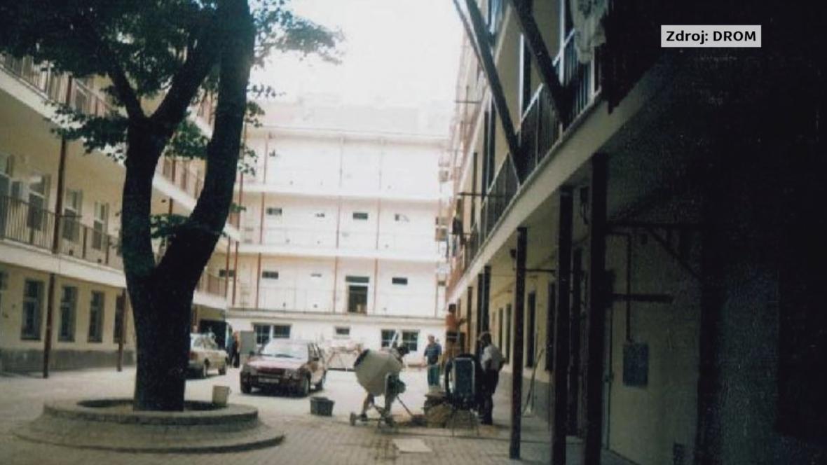 Začátky romského centra DROM