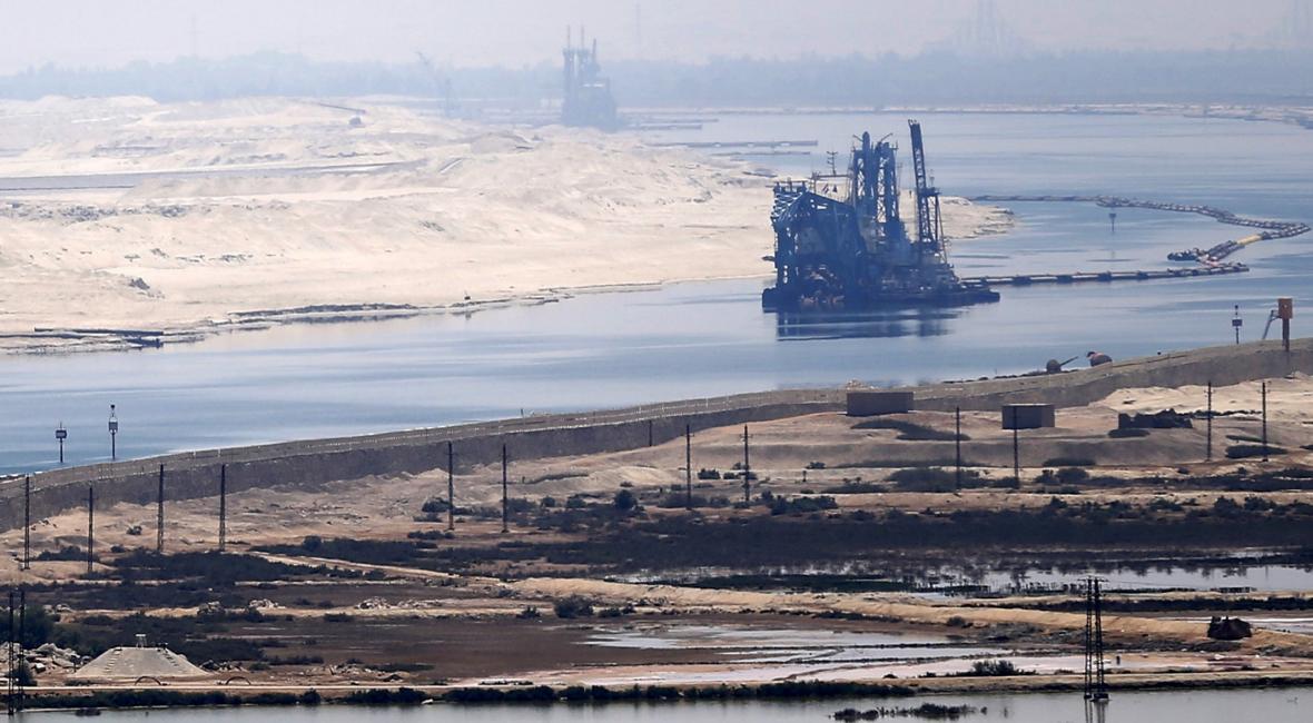 Suezský průplav v čase a v obrazech