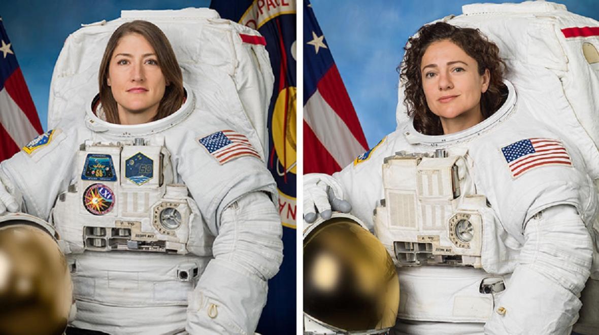 Astronautky Christina Kochová (vlevo) a Jessica Meirová (vpravo)