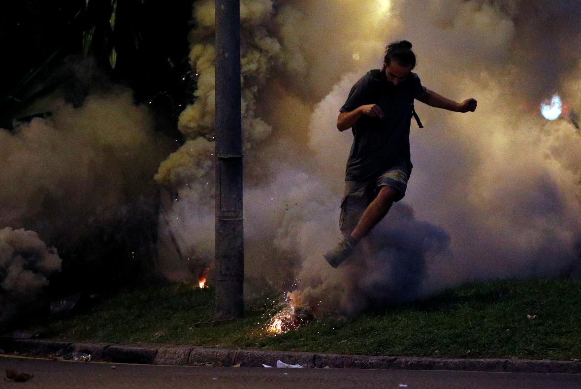 Katalánsko ochromila generální stávka, do Barcelony zamířilo půl milionu protestujících
