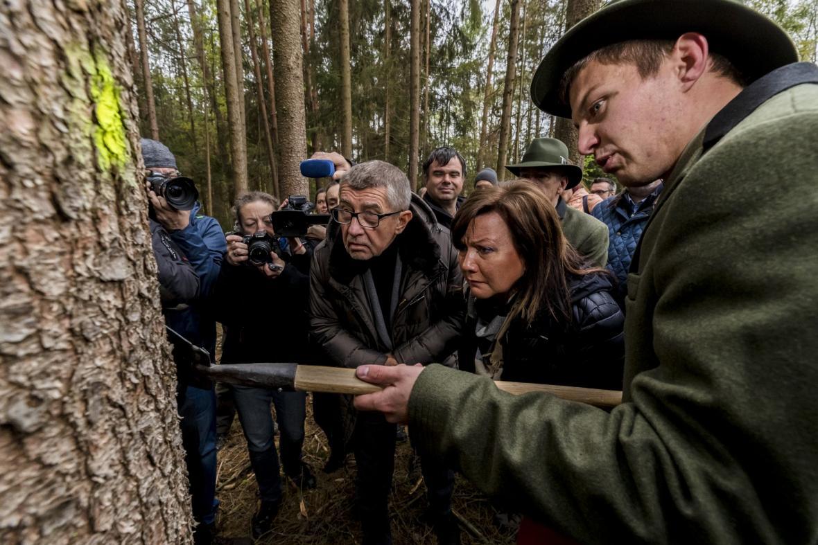 Czech press photo 2019: Kategorie Lidé, o kterých se mluví a Sport